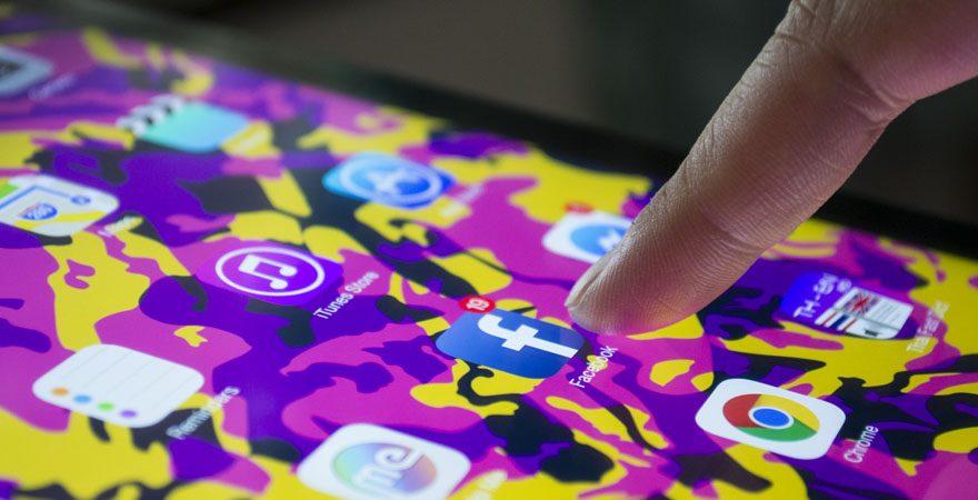 facebook-statistics-mobile